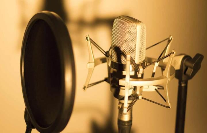 Studio d'enregistrement : contacter une voix off (Paris, Toulouse,etc)