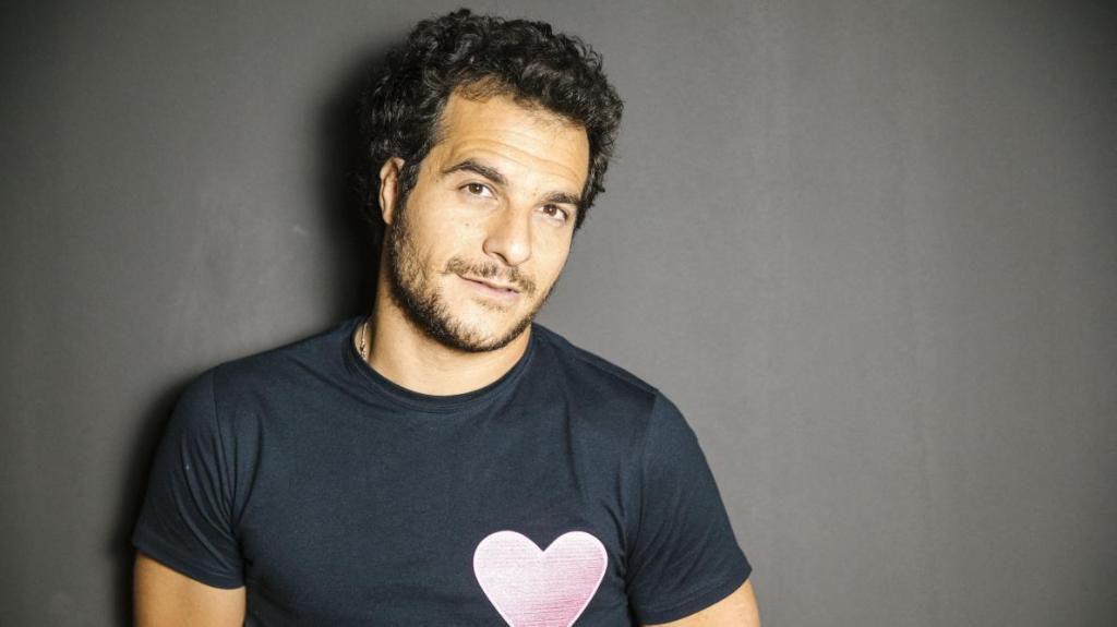 Contacter Amir via son site officiel  - Contacter AMIR | Ecrire à Laurent #Amir Haddad