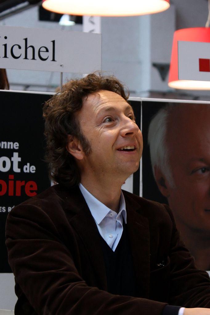 Pour envoyer un email à Stéphane Bern  - Contacter STEPHANE BERN | Écrire à #StéphaneBern