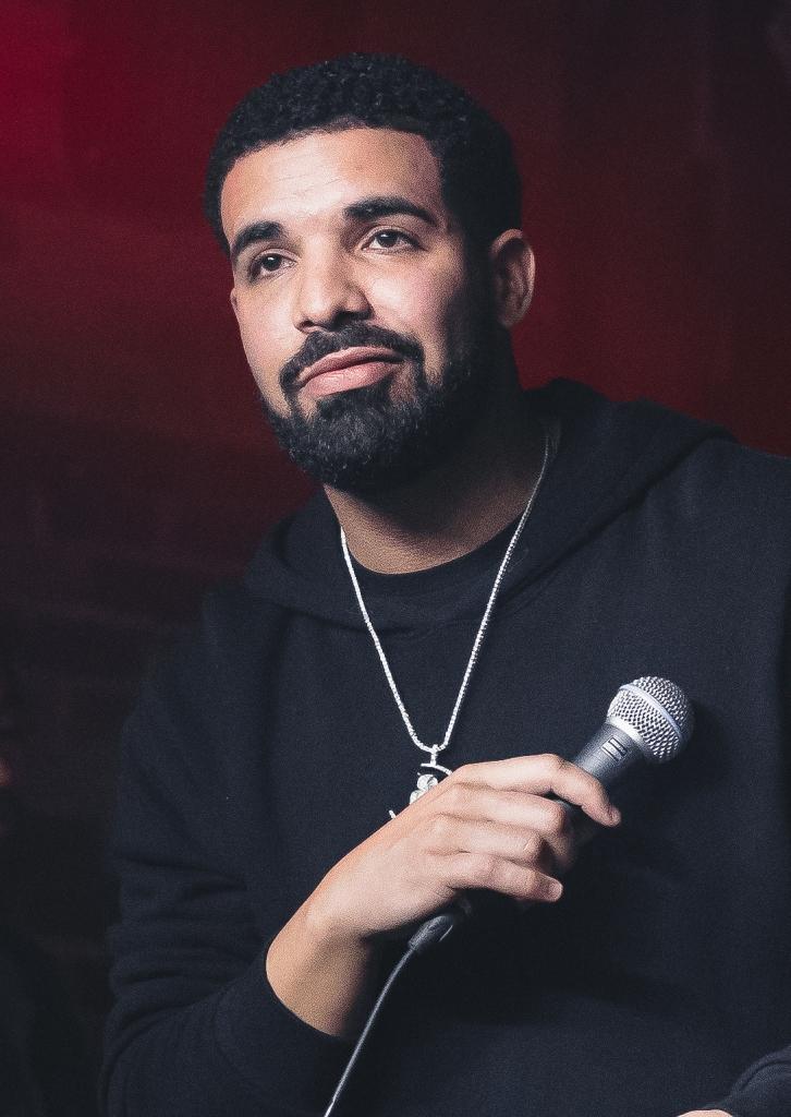 Comment contacter Drake pour un message personnel ?