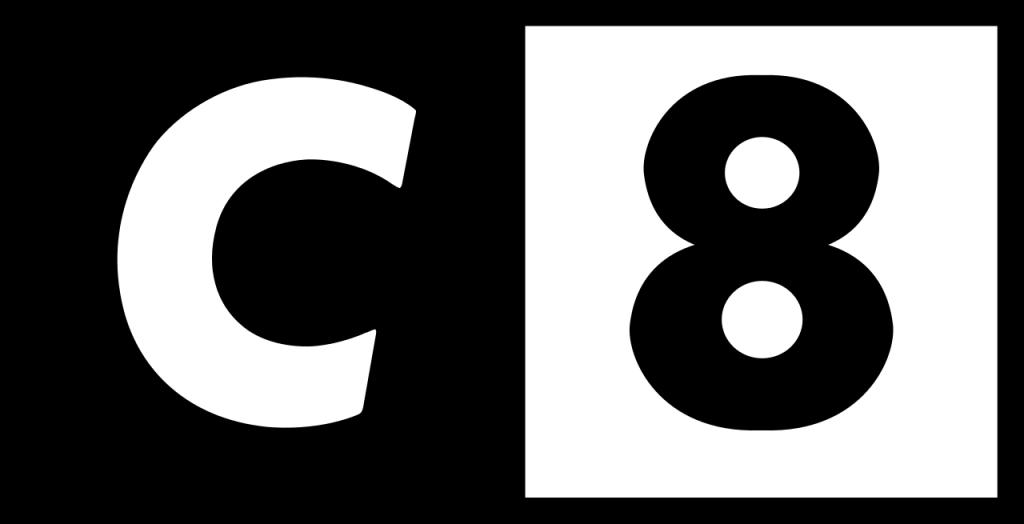Contacter C8 par internet
