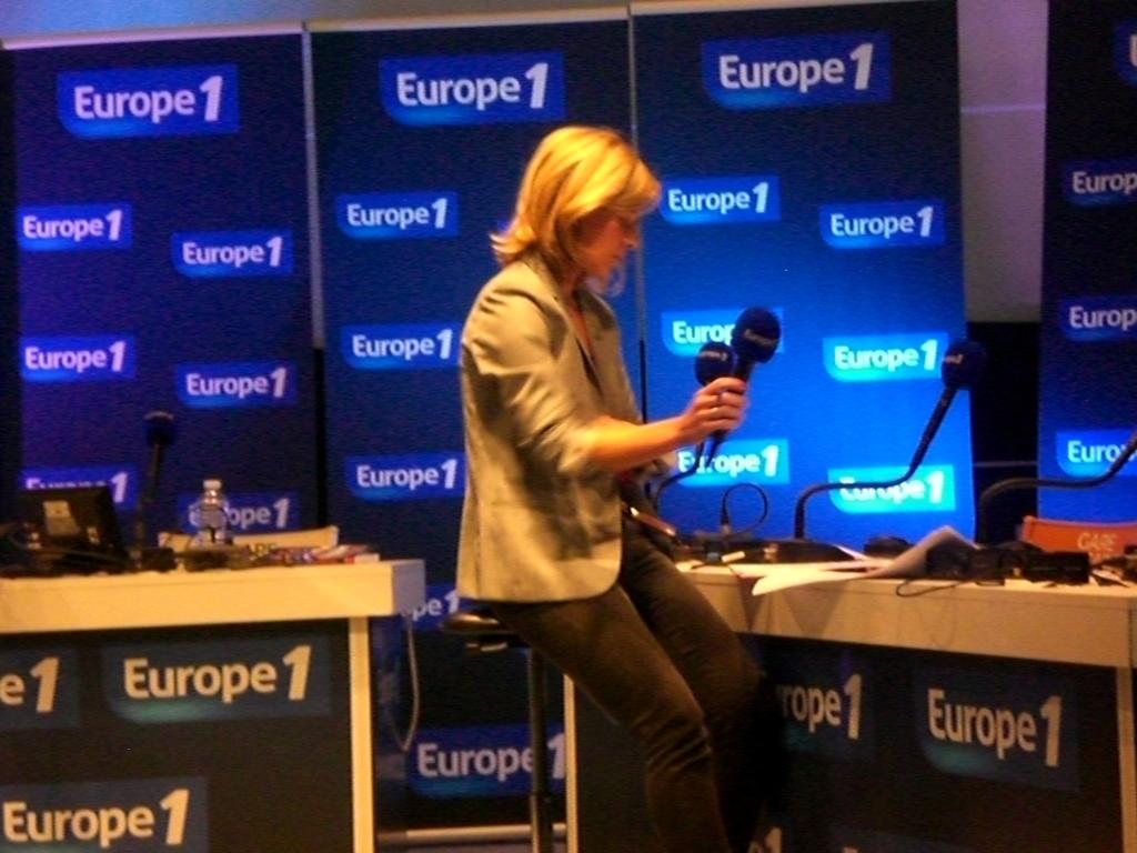 Les différentes méthodes de contact pour joindre Europe 1   - Contacter EUROPE 1 | Coordonnées animateurs, standard #Europe1