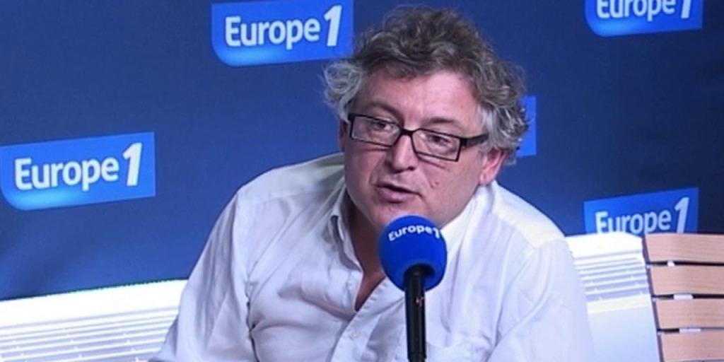 Prendre contact avec Michel Onfray via son site