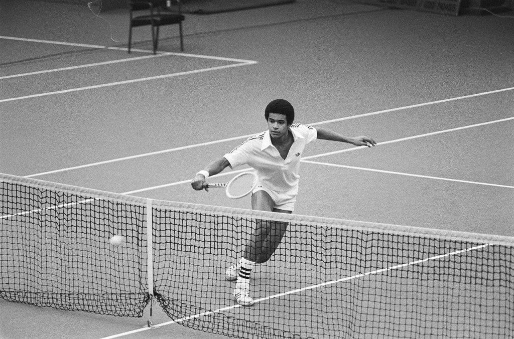 Voulez-vous faire une demande de rencontre à Yannick Noah, le champion de tennis ?