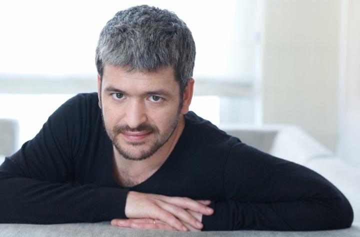 Contacter GREGOIRE | Écrire au chanteur GrégoireBoissenot