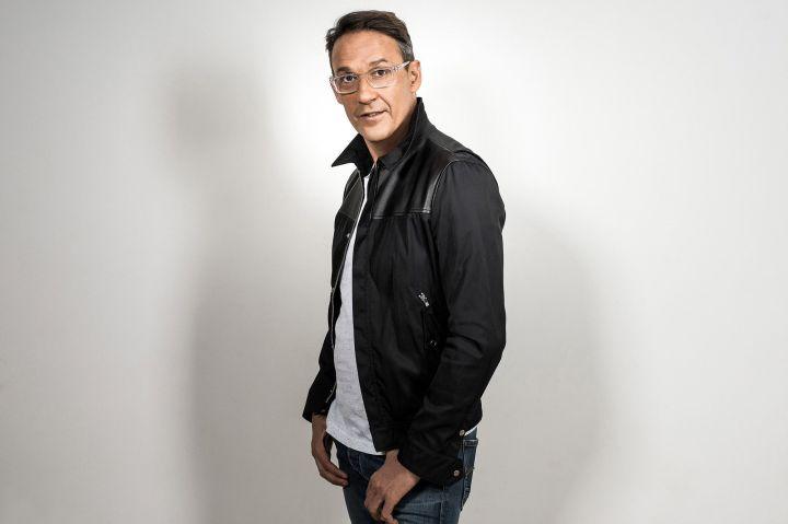 Contacter JULIEN COURBET   Ecrire à Julien Courbet M6,RTL
