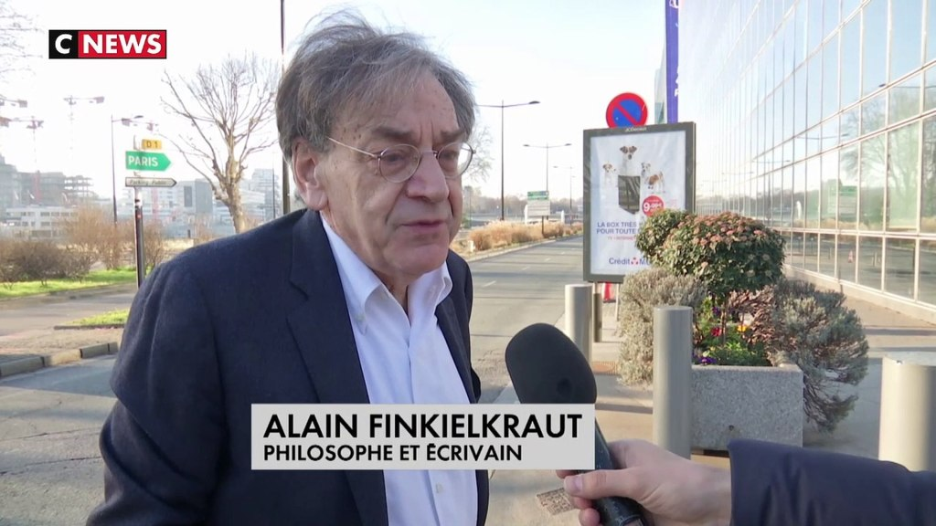 Contacter ALAIN FINKIELKRAUT | Lui écrire un message Désirez-vous rencontrer Alain Finkielkraut lors d'une séance de dédicace ? Souhaitez-vous obtenir un livre dédicacé par Alain Finkielkraut ? Cherchez-vous à transmettre un message à Alain Finkielkraut ?