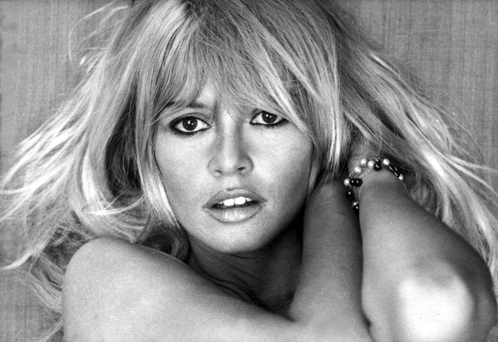 Cherchez-vous à contacter la Fondation Bardot ?  Contacter BRIGITTE BARDOT | Écrire à #BrigitteBardot