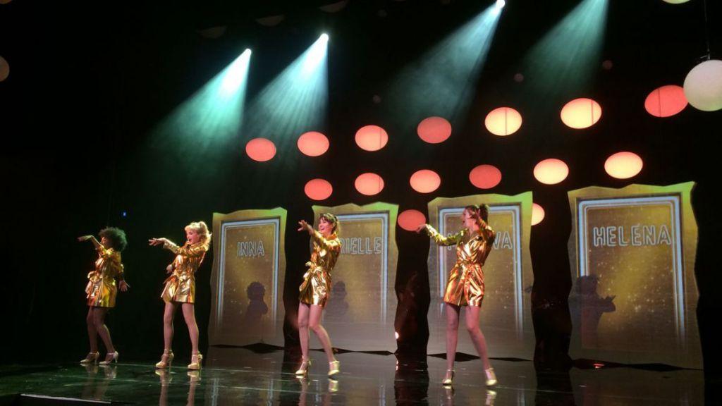 Contacter le cabaret LES FOLIES BERGÈRE à Paris Pour se renseigner, vous pouvez contacter les Folies Bergère par téléphone et email