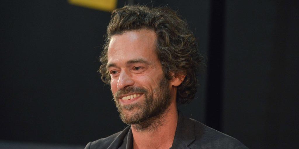 Contacter ROMAIN DURIS   Écrire un message à Romain Duris Suivre les actualités de l'acteur sur les réseaux sociaux