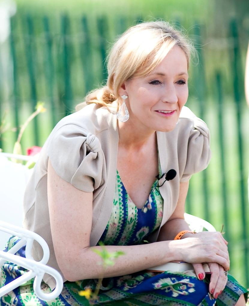 Toutes les coordonnées pour joindre la romancière J.K. Rowling