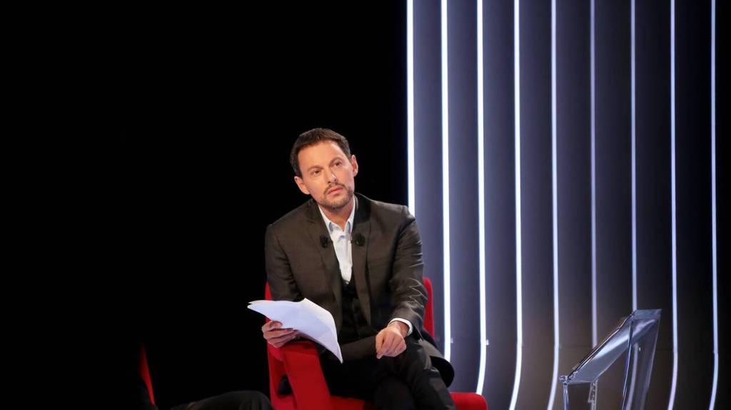 Contacts de Marc-Olivier Fogiel sur les réseaux sociaux - Contacter MARC-OLIVIER FOGIEL   Écrire à #marcolivierfogiel