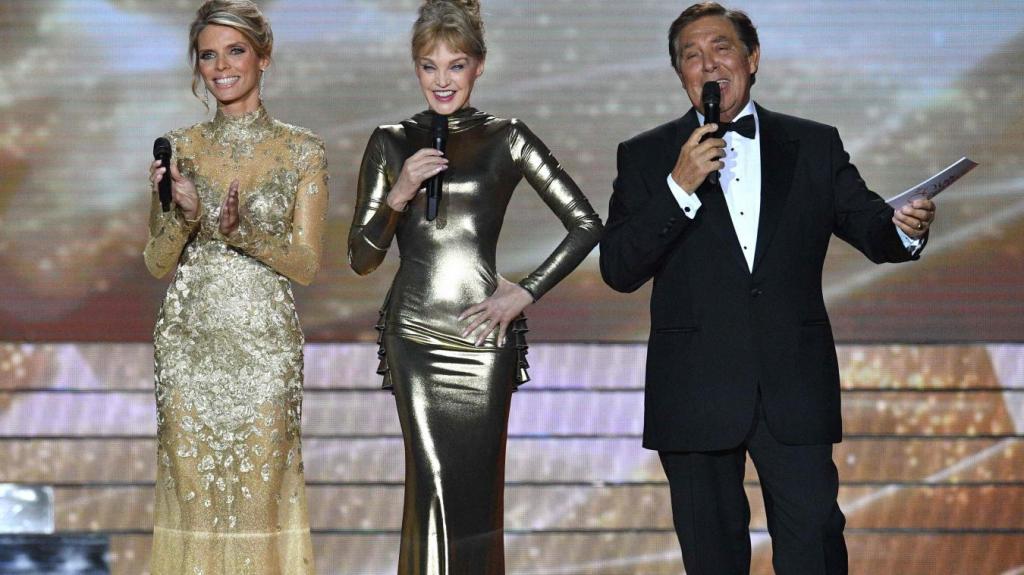 Assister à l'élection Miss France dans le public : réservations des places pour l'émission - Contacter le Comité MISS FRANCE   Casting, inscription, contact