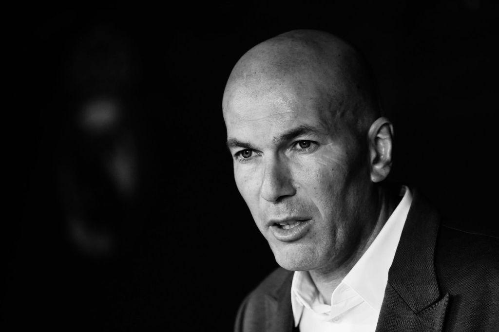 Écrire à Zinedine Zidane : l'adresse postale pour envoyer votre message à Zizou - Contacter ZINEDINE ZIDANE | Écrire à #ZinedineZidane