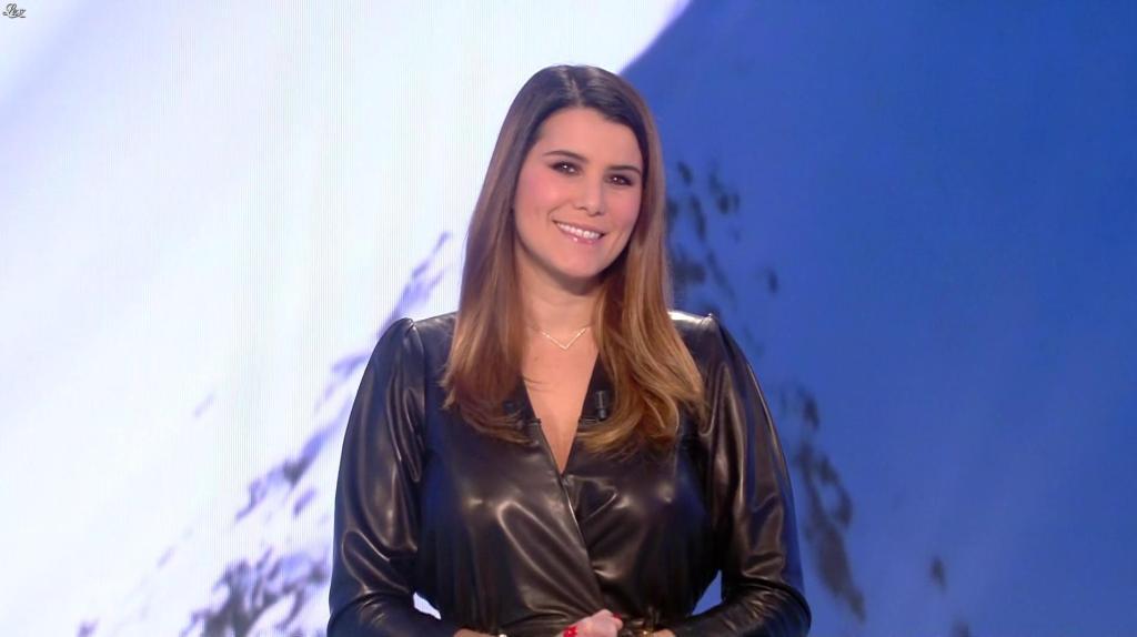 Écrire à Karine Ferri : l'adresse postale de TF1 - Contacter KARINE FERRI | Écrire à l'animatrice #KarineFerri