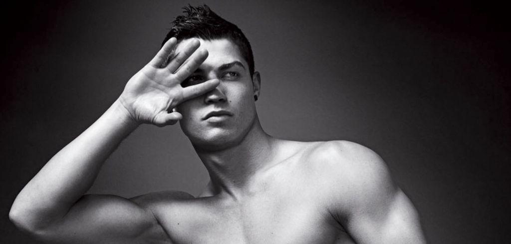 Cristiano Ronaldo est le 1er homme du classement avec plus de 180 millions de followers sur Instagram - Qui a le plus de followers sur Instagram ? Classement des plus gros comptes 2019