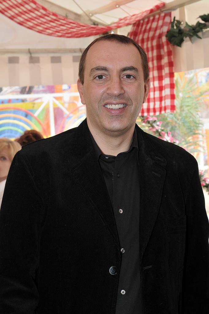 Contacter JEAN-MARC MORANDINI | Écrire à #JeanMarcMorandini - Joindre Jean-Marc Morandini : numéro de téléphone et adresse postale de sa société