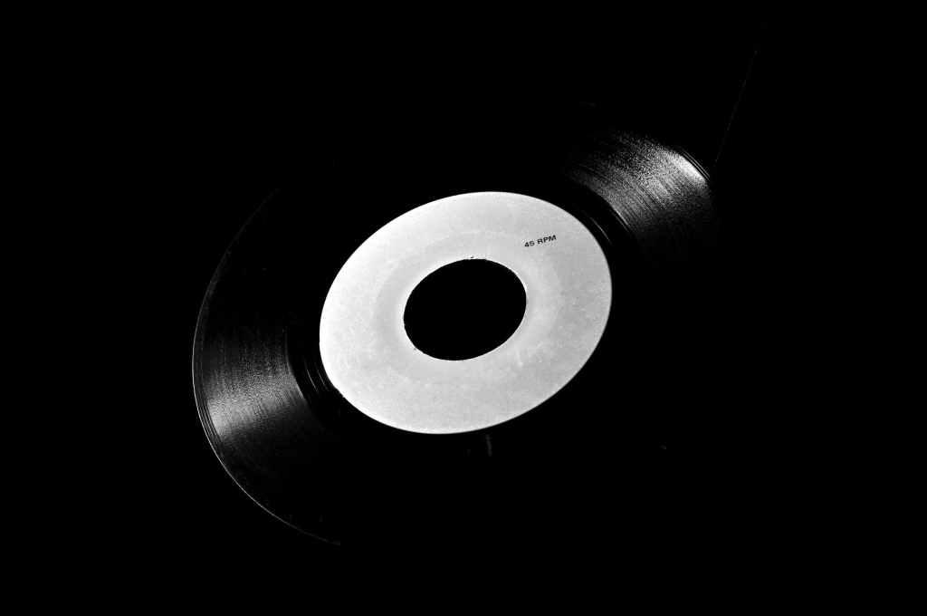Comment envoyer une maquette ou démo (chanson, EP, single, beatmaker) à Polygram chez Universal Music ? Recherchez-vous toutes les coordonnées de Polygram | Universal Music (numéros de téléphone, emails, etc) ?
