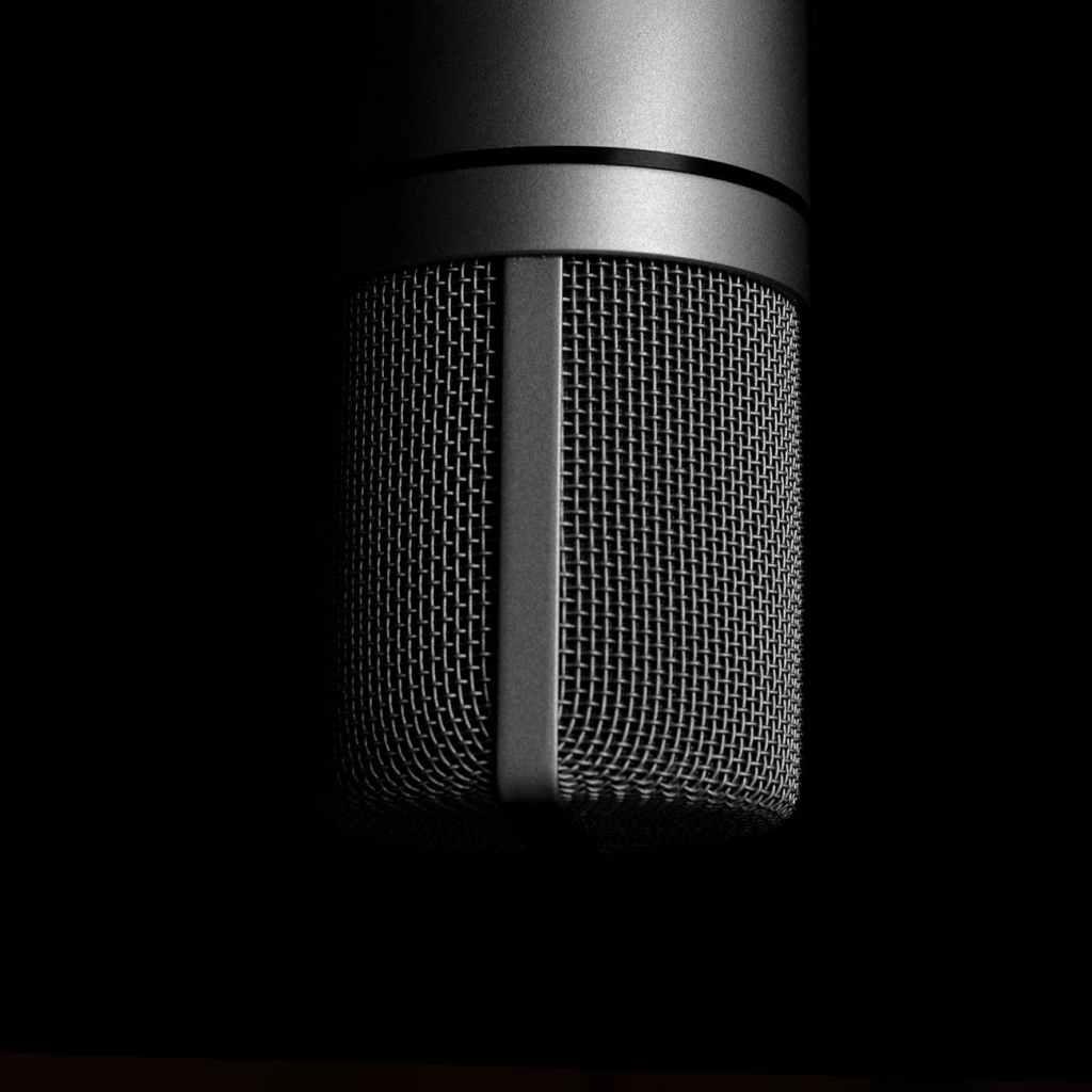 Contactez la voix off idéale pour un projet