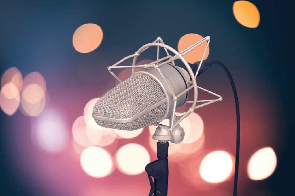 Comment coûte un enregistrement de voix off ? (devis, prix, contact)