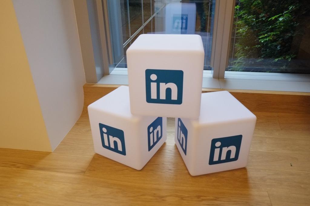 Comment entrer en contact avec un conseiller de LinkedIn en ligne?